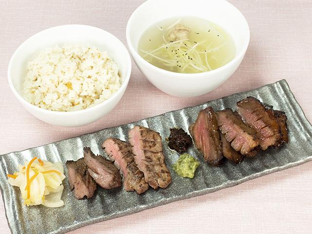 和肉豚タン味噌・仔牛の牛タン合い盛り定食