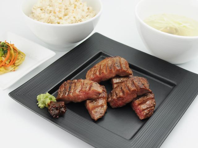 特選・極上牛タンしお定食